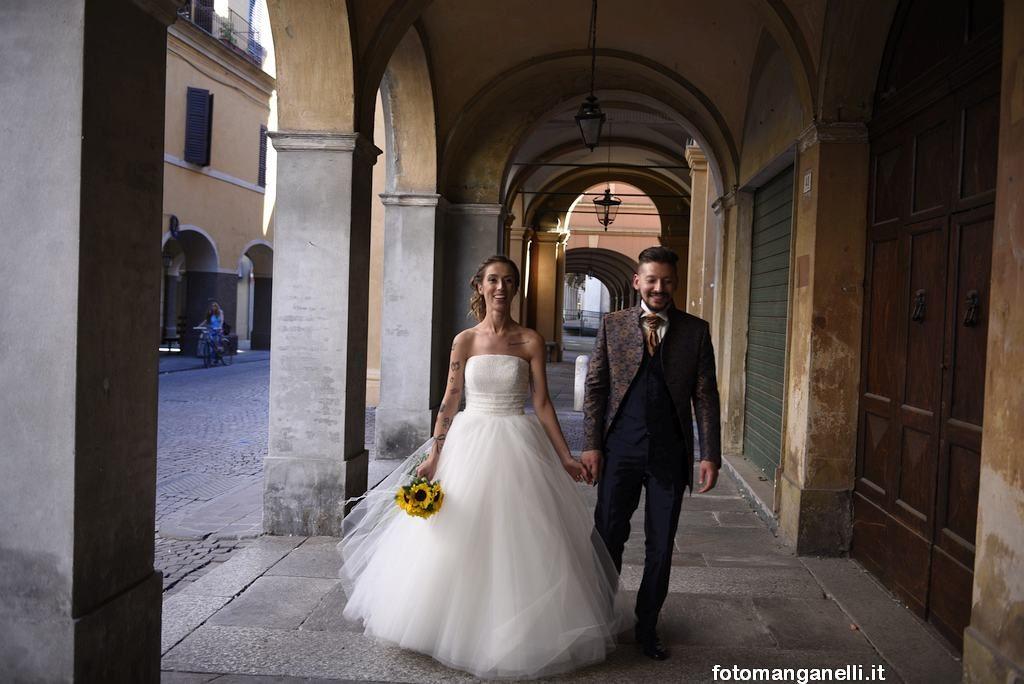 Matrimonio a busseto location tavola rotonda chiavenna - La tavola rotonda piacenza ...