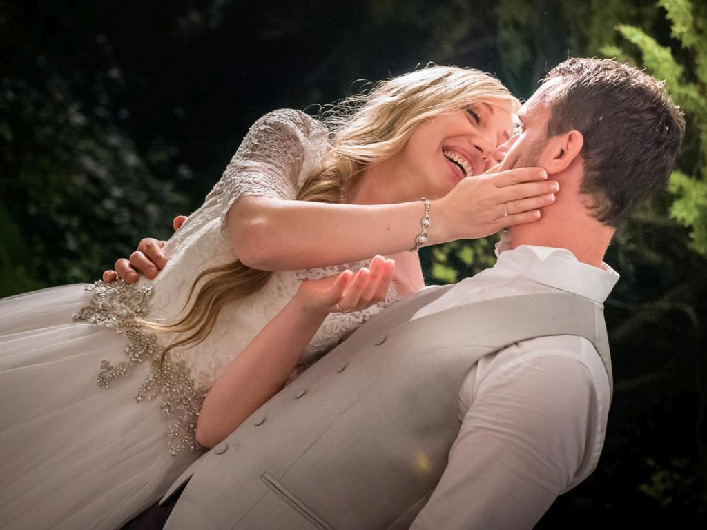 album_matrimonio_sassuolo_vignola_pavullo_lago_di_garda_garda_lake_wedding_cerimony_sposi_torta_nuziale