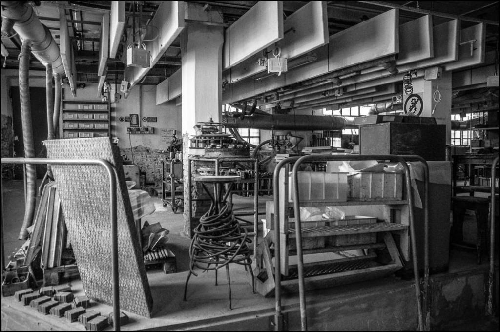 aziende abbandonate fotografia meccanica