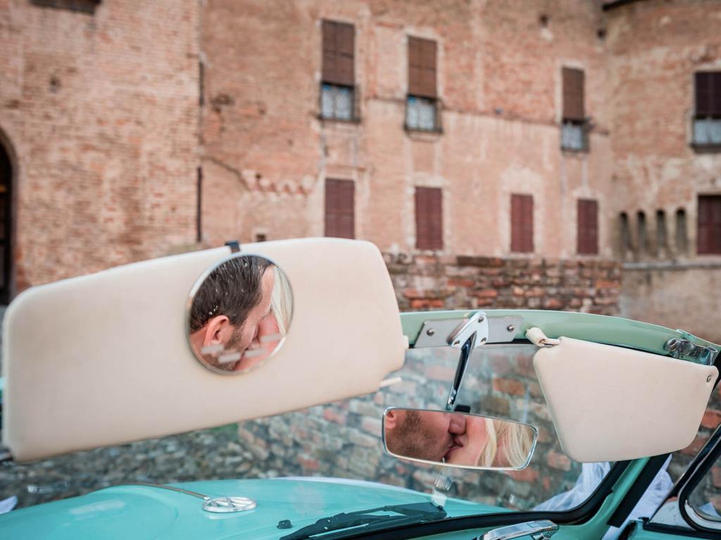 fotografo_nozze_rossi_sposi_matrimonio_album_libro_tradizionale_classico_villa_timolina_parco_matildico_montalto_montebello_votigno